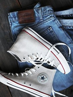 Converse Vintage Leather Travel Chucks $75.00